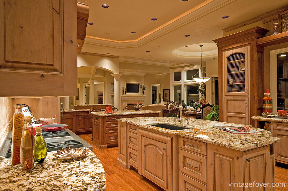 29 classic kitchens with traditional and antique cabinets vintage