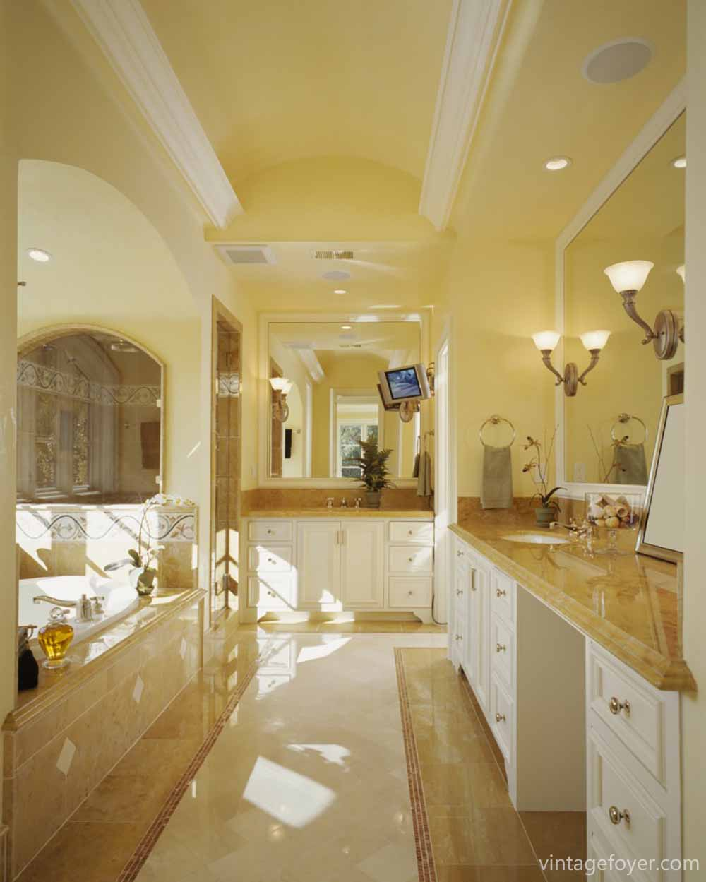 If You Enjoy The Warm Tones Of This Bathroom Try Adding Light Yellow Wall Paint