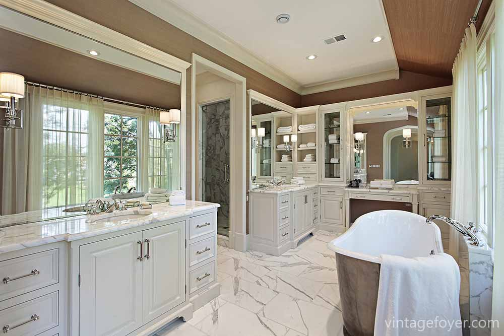45 luxury bathrooms to inspire your home renovation plans - Luxury bathrooms in small spaces ...