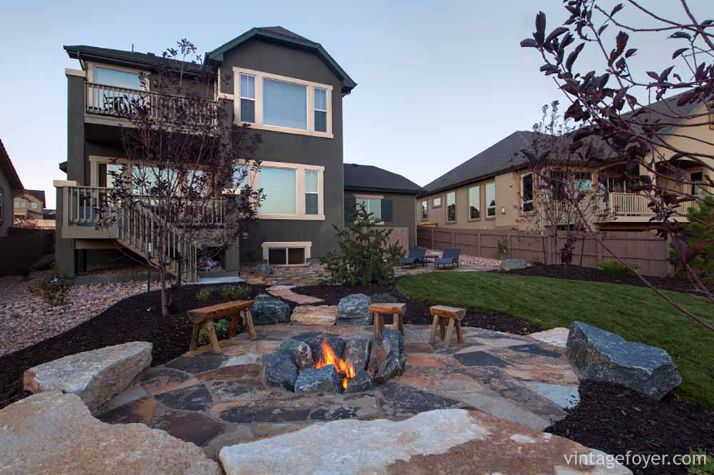 30 Red Hot Ideas For Your Backyard Fire Pit Design