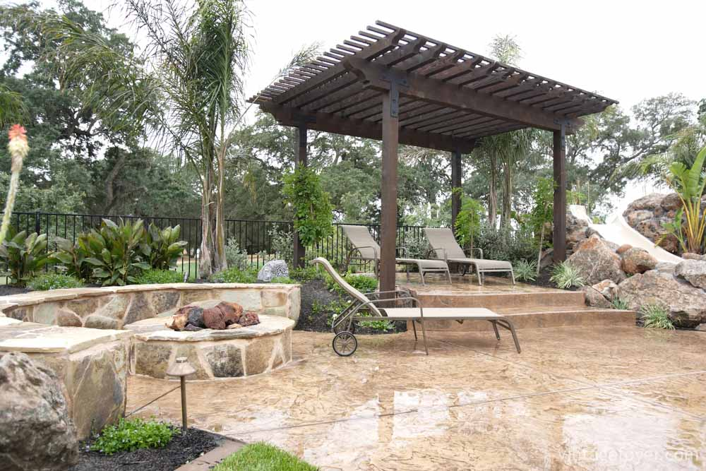 30 red hot ideas for your backyard fire pit design Relaxed backyard deck ideas