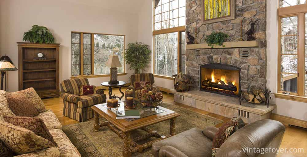 44 cozy living rooms cabins with beautiful stone fireplaces for Rustic home decor park rapids mn