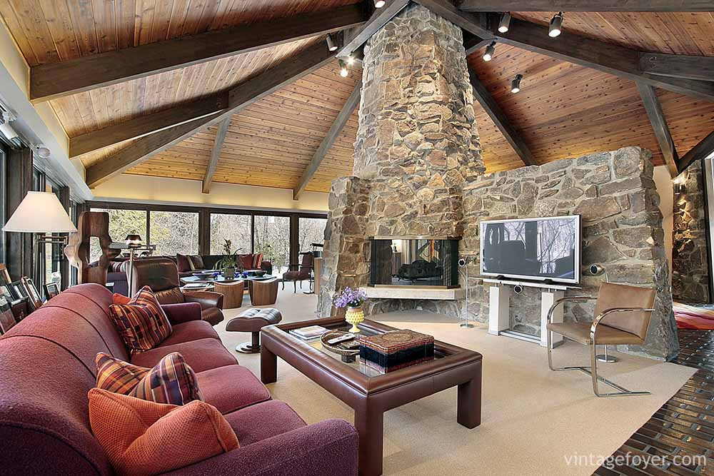 44 Cozy Living Rooms Cabins With Beautiful Stone Fireplaces