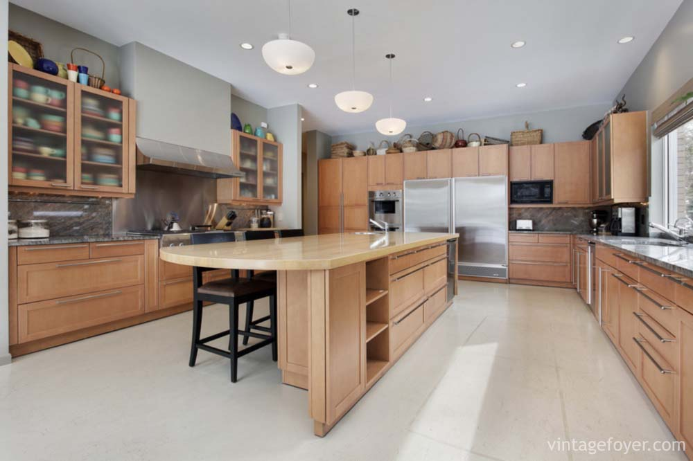 Traditional And Modern Luxury Kitchens Pictures - Wood cabinets grey countertops