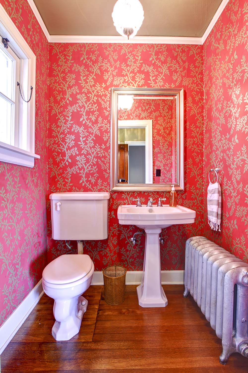 51 beautiful and functional small bathrooms