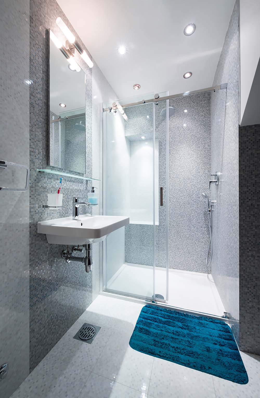 51 Beautiful and Functional Small Bathrooms - Page 2 of 3