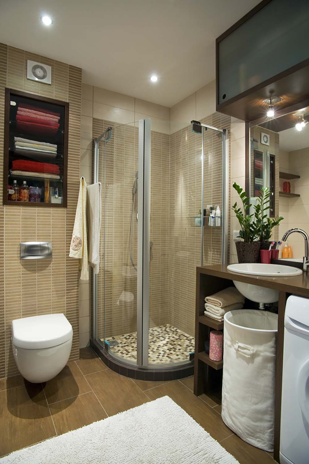 51 beautiful and functional small bathrooms - Bathroom shower designs small spaces ...