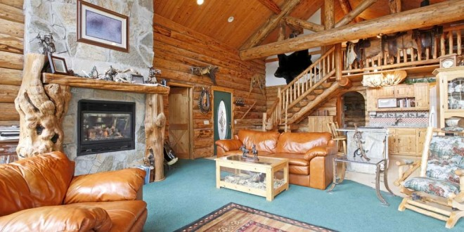 Beautifully Natural Log Home Interiors. Log Home Interior Photos. Home Design Ideas