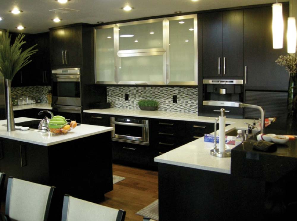 Captivating u shaped kitchens with style varieties for Kitchen designs espresso cabinets
